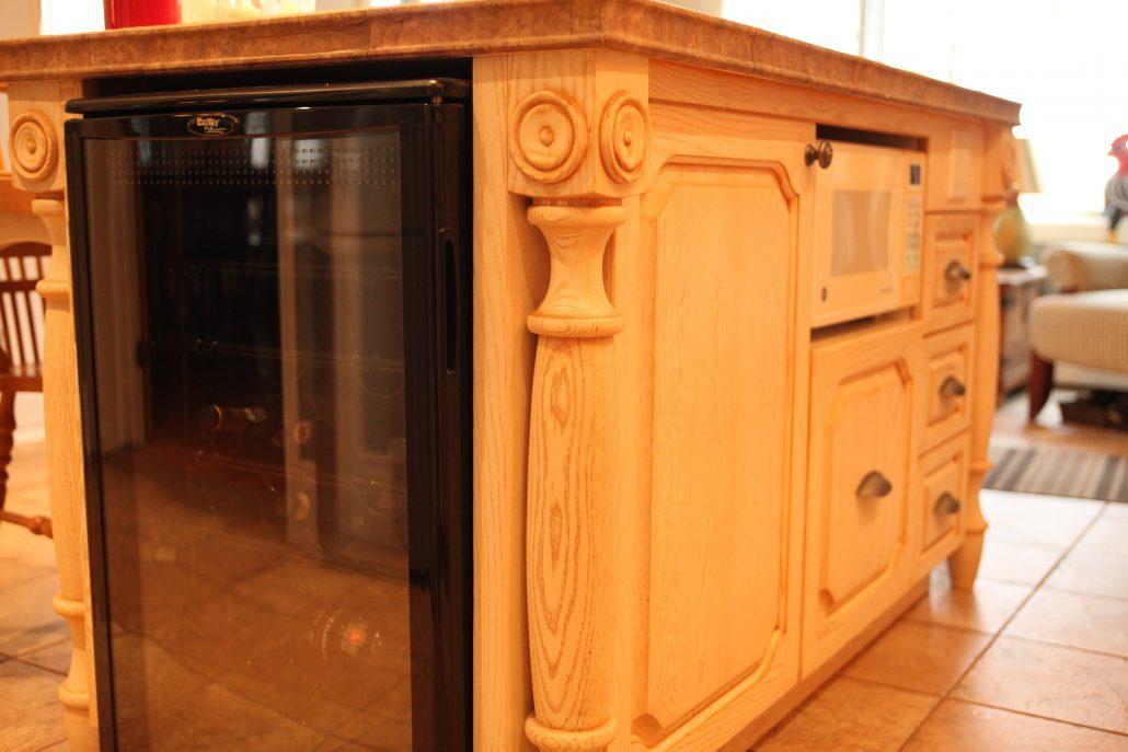Armoire de cuisine bois massif cuisine sur mesure for Cuisine en bois frene
