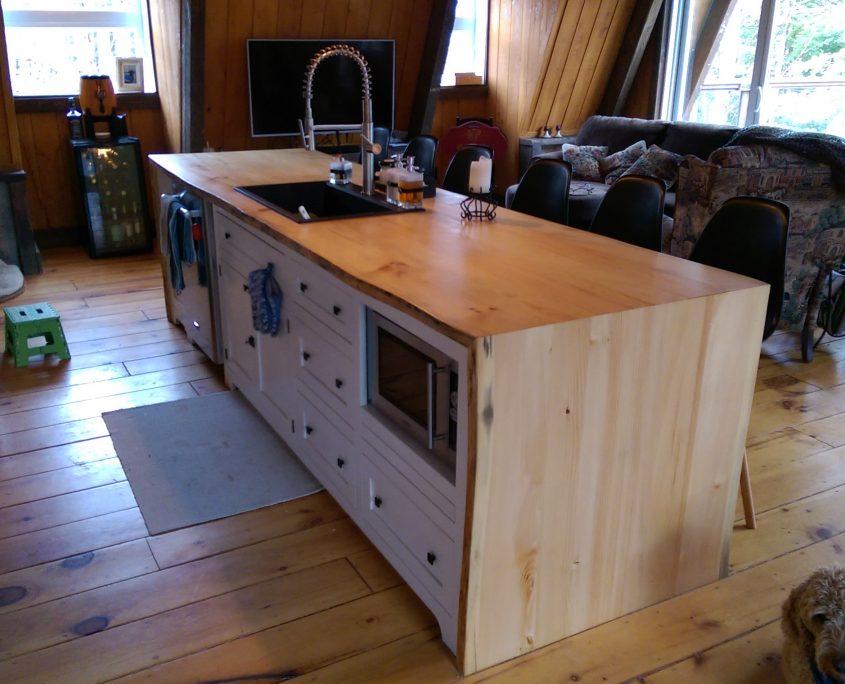 Fabriquer un comptoir de cuisine en bois visuel de - Degraisser en cuisine ...