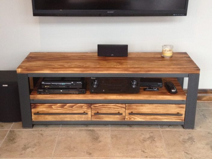 Meuble tv bois m tal meuble t l style industriel bois m tal for Meuble de tele en bois