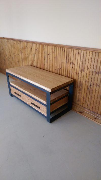 Meuble tv bois métal fabriqué sur mesure avec du bois de cerisier par L'Ébénisterie de lanaudière