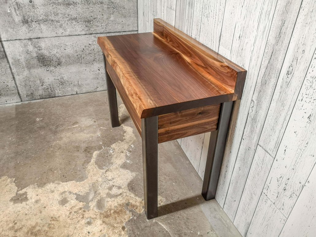 Meuble sur mesure bureau bois métal noyer massif fabriquer l'ébénisterie de lanaudière
