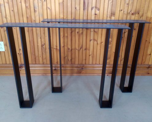 Patte de table en metal sur mesure par l'ébénisterie de lanaudière